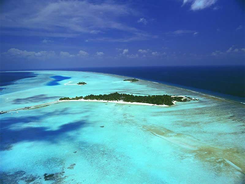 Maldives - Rihiveli The Dream - Vue aérienne de l'îe et de son lagon